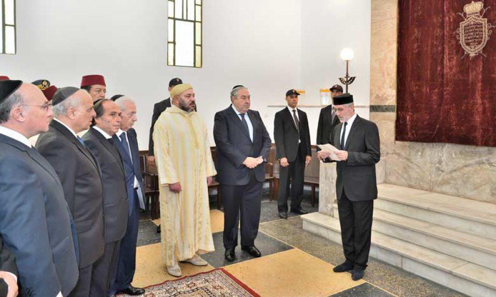 Le roi du Maroc à l'ancienne médina de Casablanca