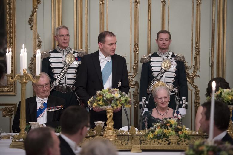 Statsbesøg fra Island: Islands præsident Guðni Thorlacius Jóhannesson og fru Eliza Jean Reid besøgte sad til bords på Amalienborg til gallataffel sammen med dronnning Margrethe og prins Henrik, Prins Henrik, Regentparret