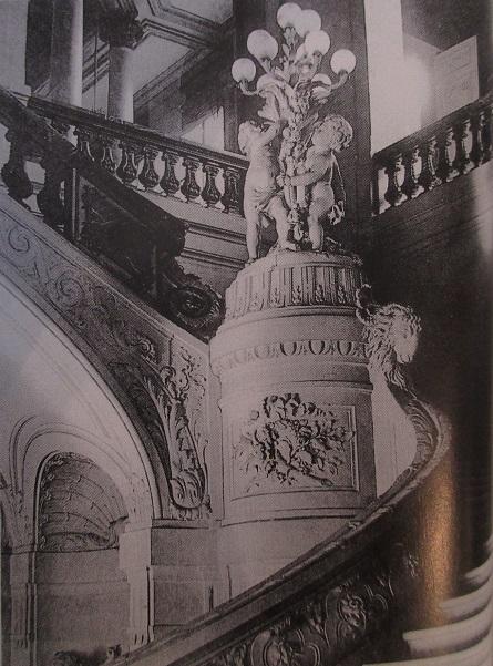 8-escalier-de-lhotel-de-hisrch-a-paris