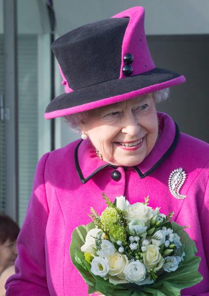 Queen+Duke+Edinburgh+Attend+Fiji+Exhibition+LTltADGn-nWl