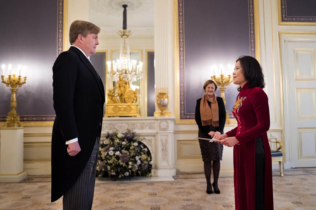 Geloofsbrieven ambassadeur Socialistische Republiek Vietnam