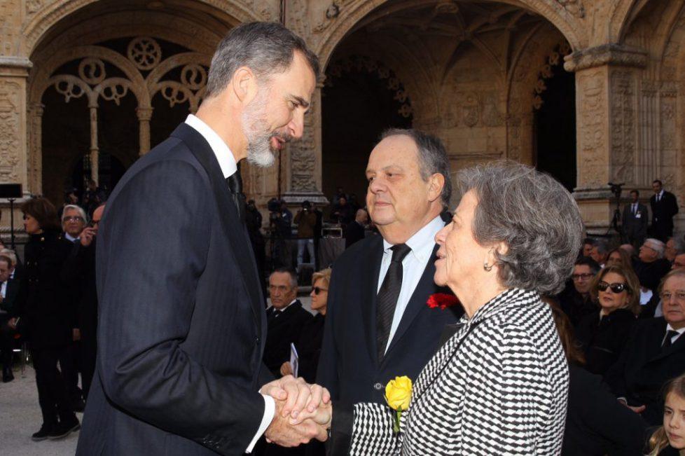 Le roi d'Espagne aux funérailles de Mario Soares