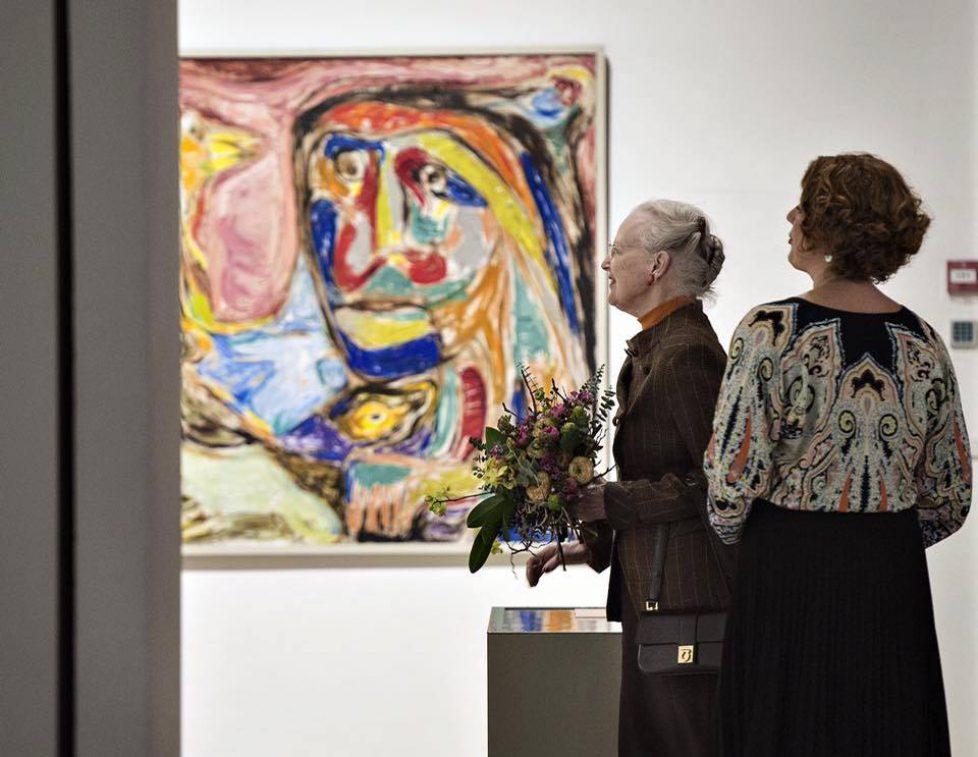 La reine de Danemark visite le musée de Silkeborg
