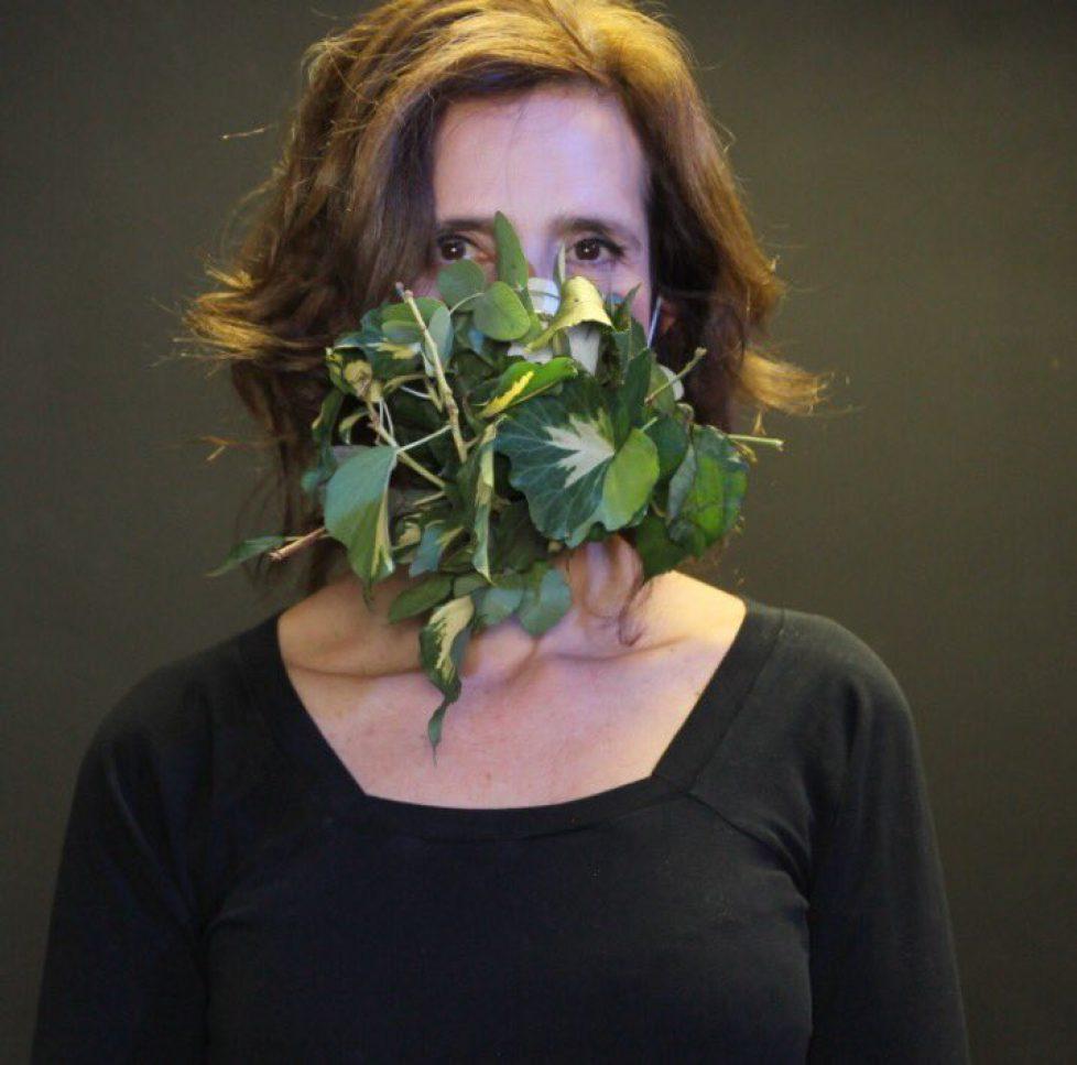 Esmeralda de Belgique participe à l'action «Maskbook»
