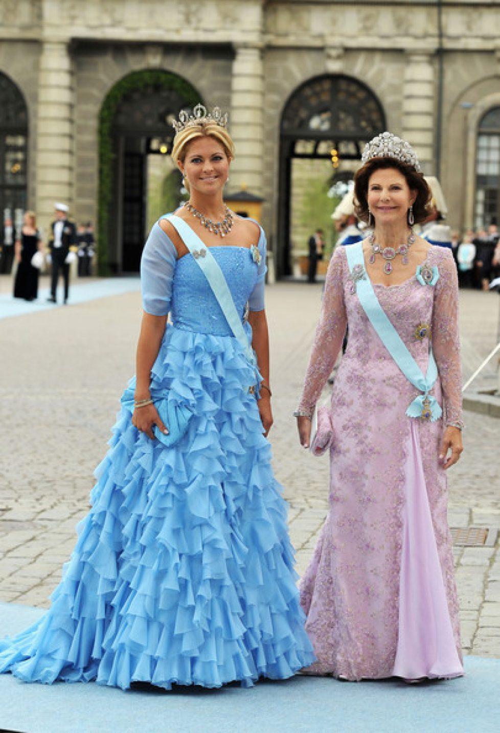 Les mariages du Gotha : les robes des mères des marié(e)s
