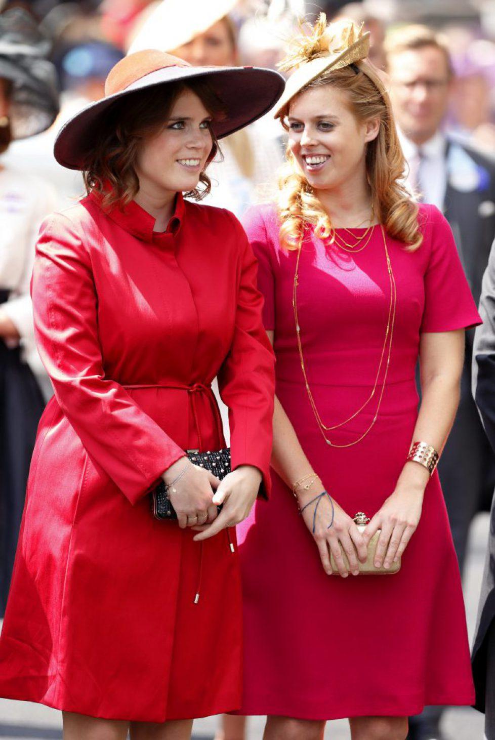 Beatrice et Eugénie d'York écartées du premier cercle royal