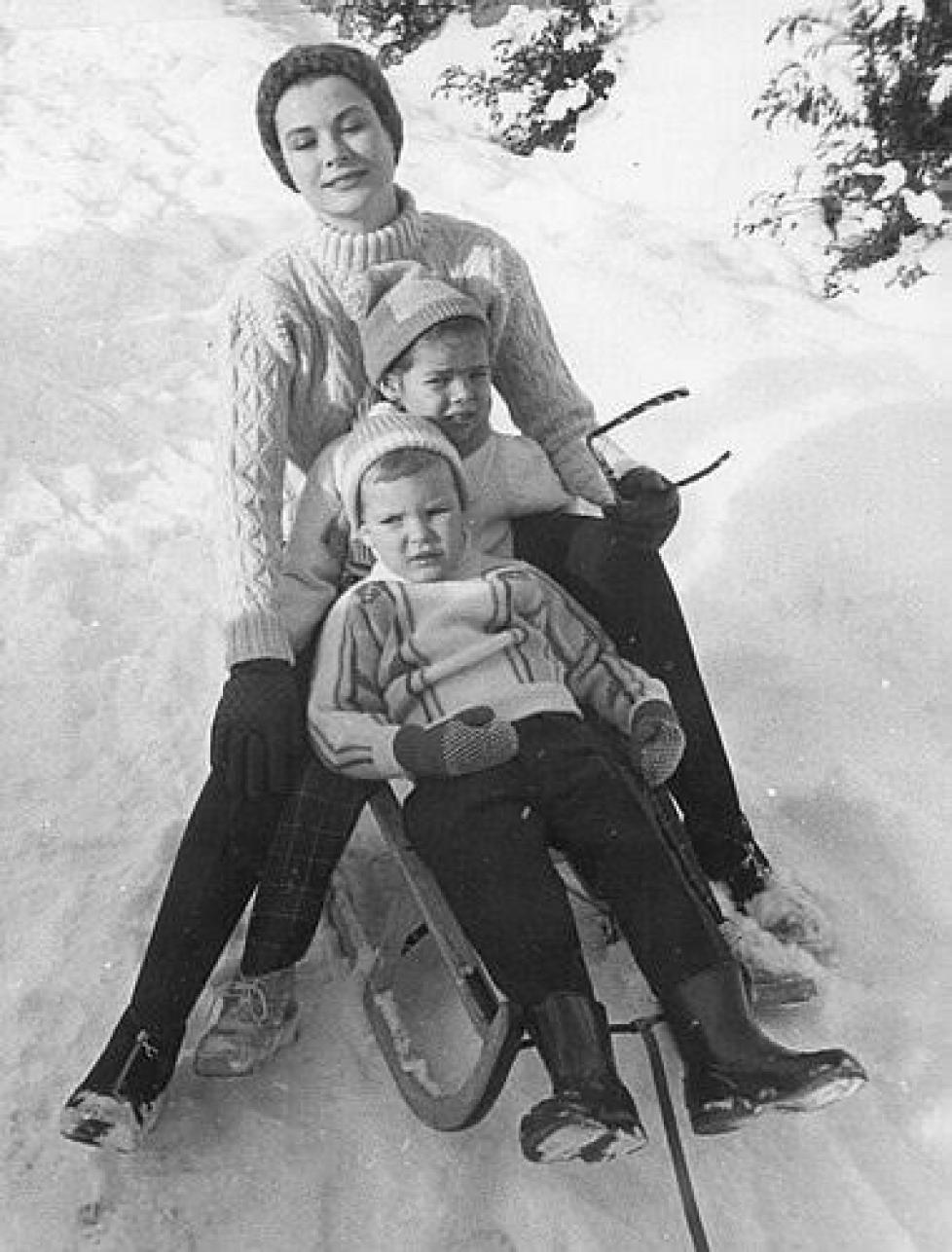 Archives : Grace de Monaco et ses enfants à Gstaad
