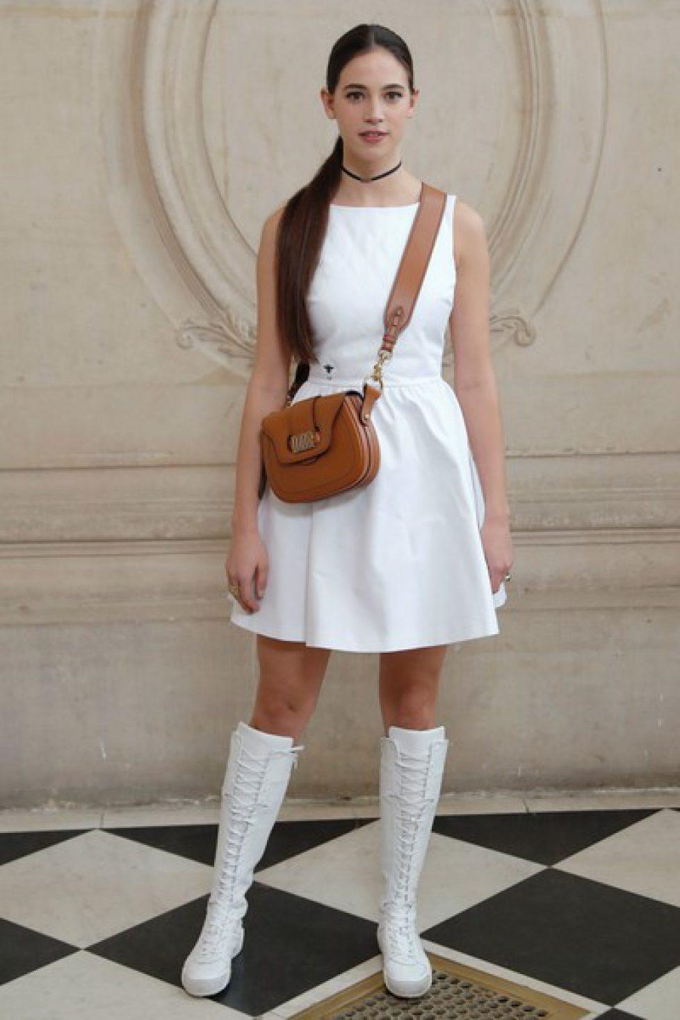 Christian+Dior+Outside+Arrivals+Paris+Fashion+hwnoea2a4xSl
