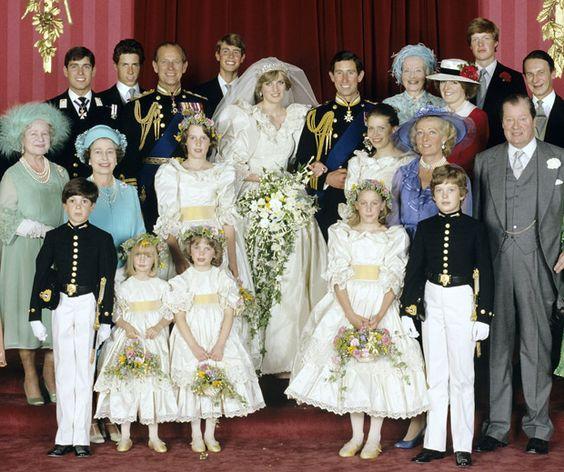 Les Dames D'honneur Des Grands Mariages Du Gotha
