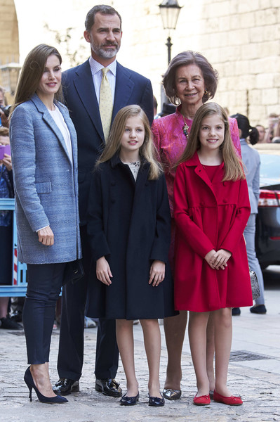 Spanish+Royals+Attends+Easter+Mass+Palma+de+u-eLRTik4Cll