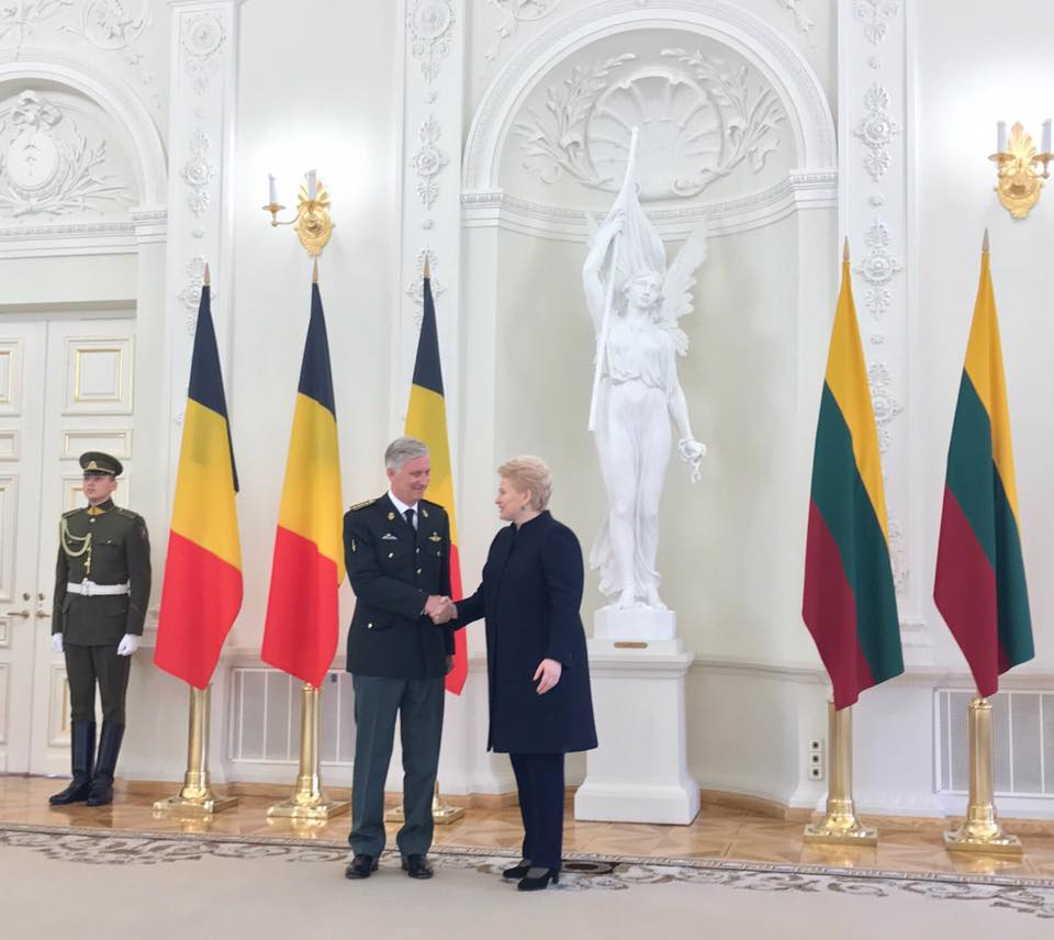 rencontre militaire belgique