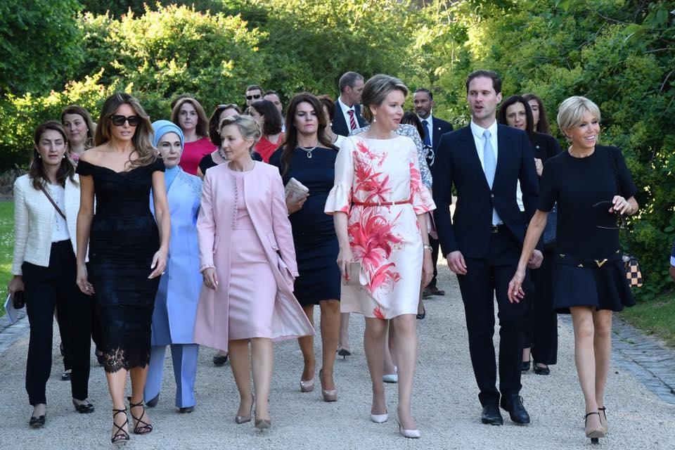 af7f6687199 La reine Mathilde a reçu les conjoints des Chefs d Etat et de gouvernement  présents à l inauguration du nouveau siège de l OTAN à Evere (Bruxelles)  pour une ...
