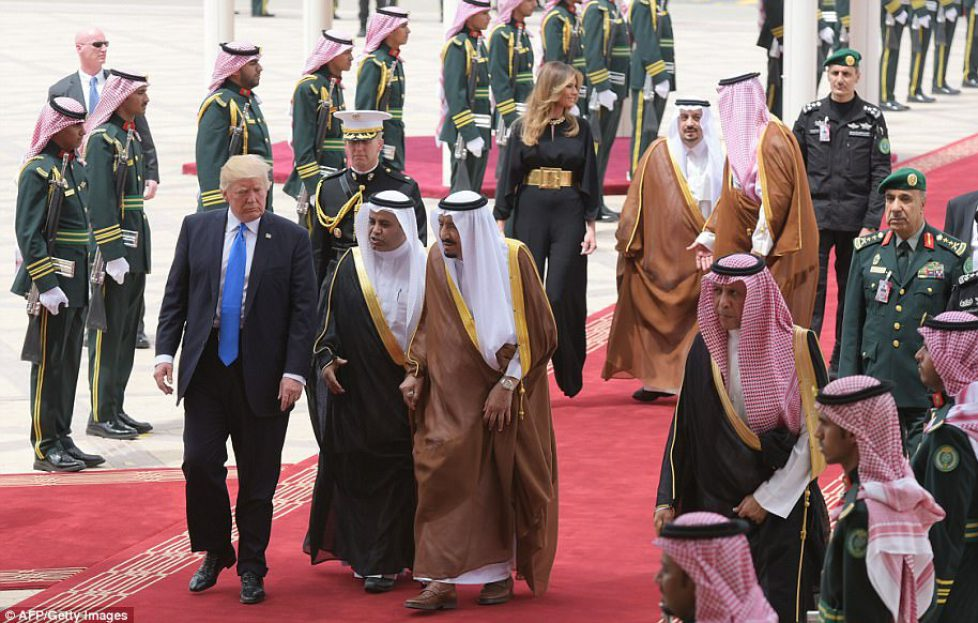 409073BA00000578-4524666-The_President_was_given_a_red_carpet_welcome_as_he_arrived_in_th-a-9_1495269240263