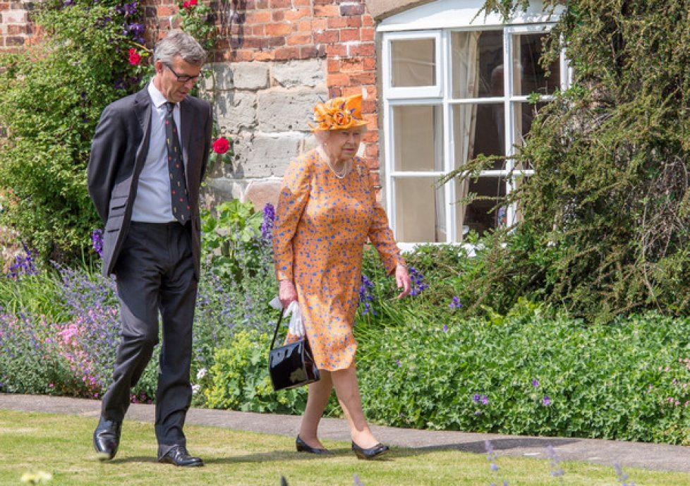 Queen+Elizabeth+II+Visits+Duchy+Lancaster+3VBlGWRUfhkl