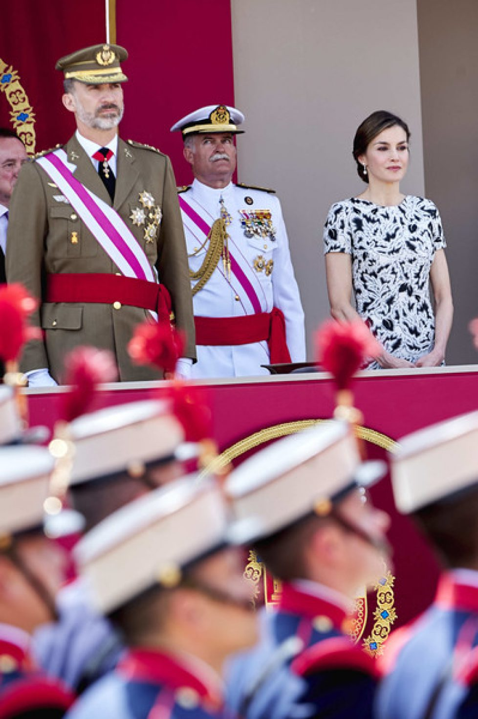 Spanish+Royals+Attend+Armed+Forces+Day+2017+pWYLPaWSc25l