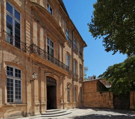 L 39 h tel de caumont aix en provence noblesse royaut s - Hotel de caumont aix en provence ...
