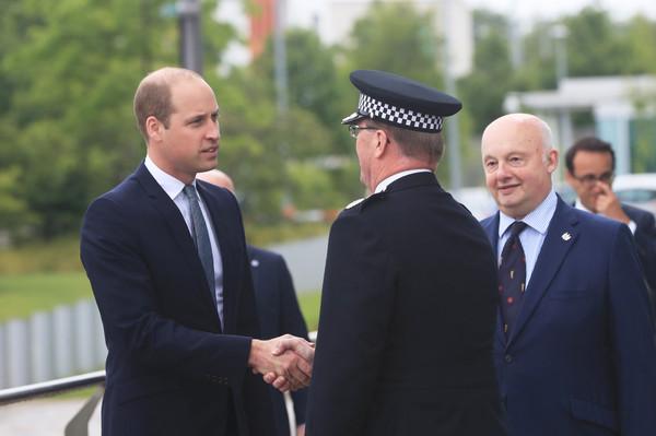 Duke+Cambridge+Visits+Greater+Manchester+Police+uNGU499G6afl