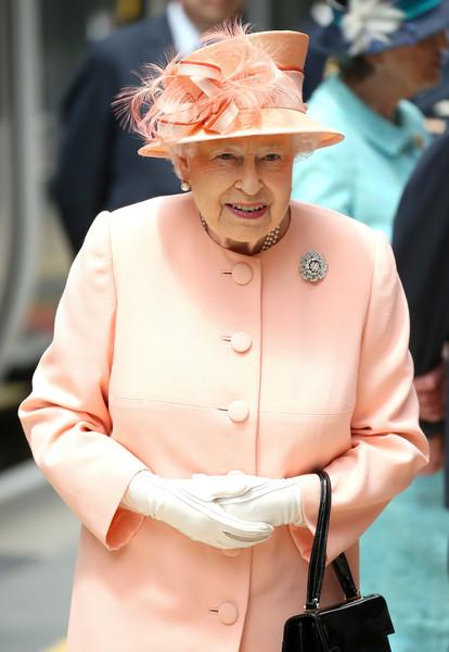 Queen+Duke+Edinburgh+Mark+175th+Anniversary+7i-MJe_q6vvl