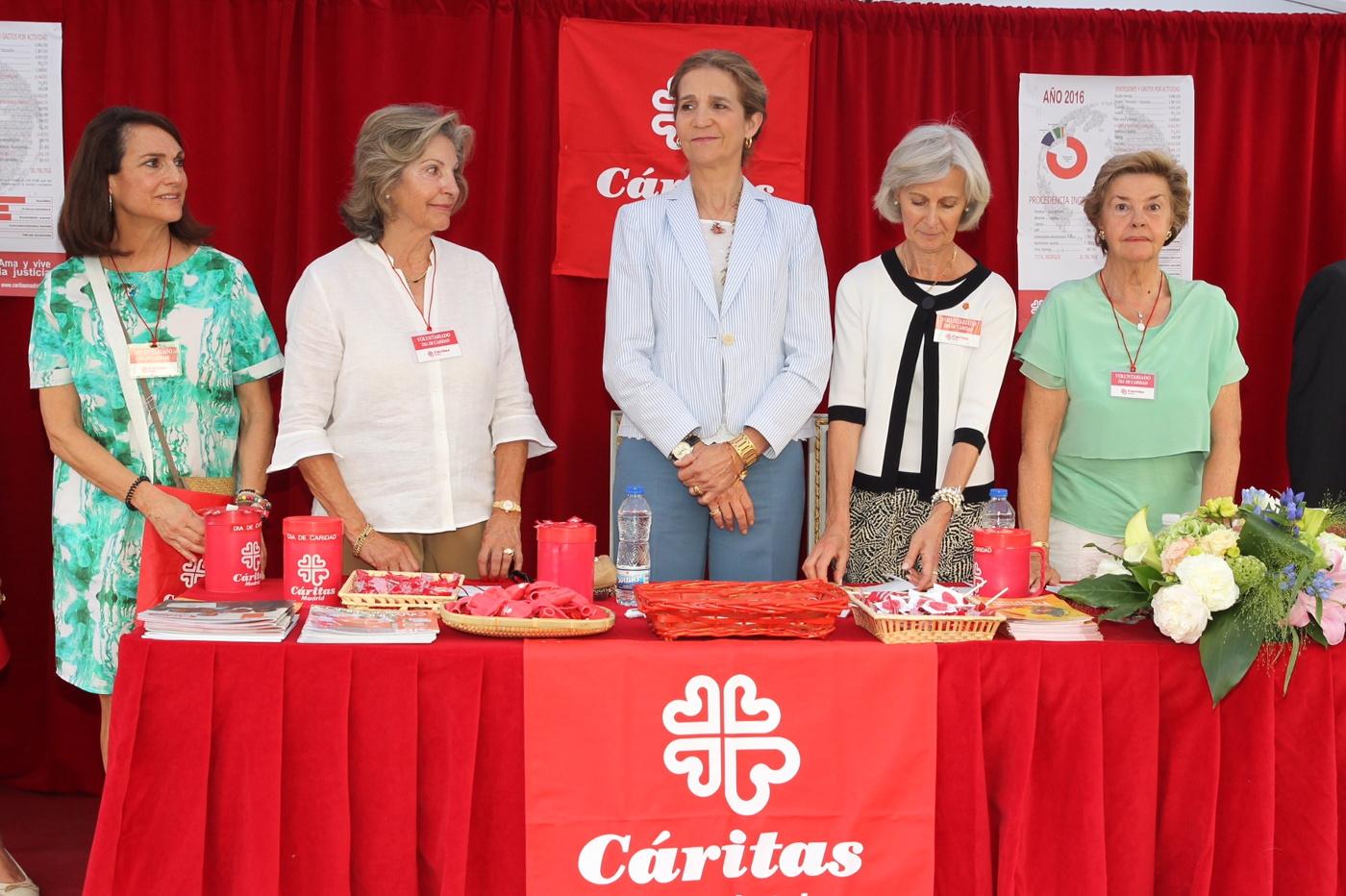 infanta_elena_cuestacion_caritas_20170615_02