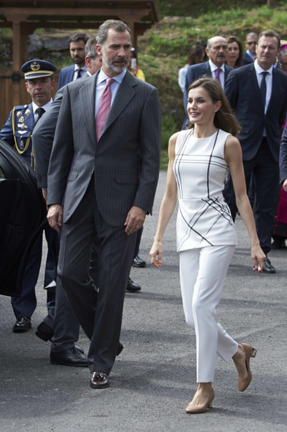 Spanish+Royals+Visit+Santo+Toribio+De+Liebana+8zi6Kz9yPHql