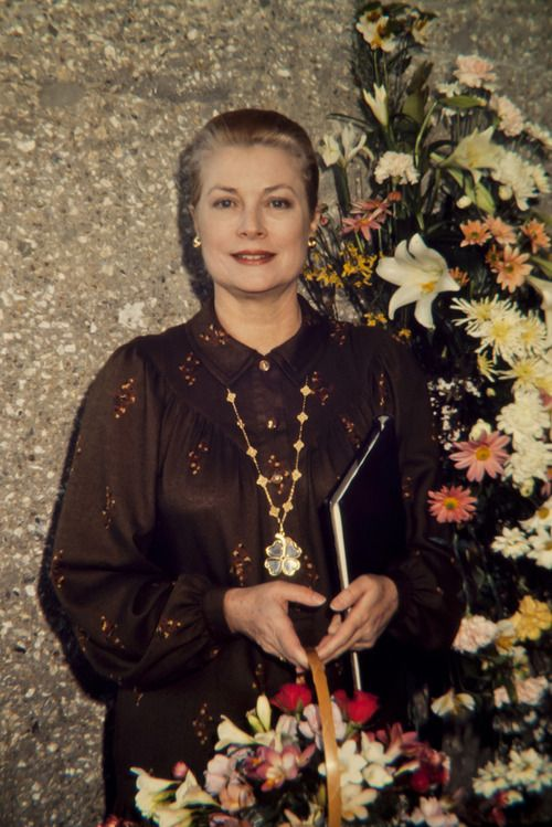 b2bfac411329692fef91e6bf3d8a56d7--princess-grace-kelly-kelly-family