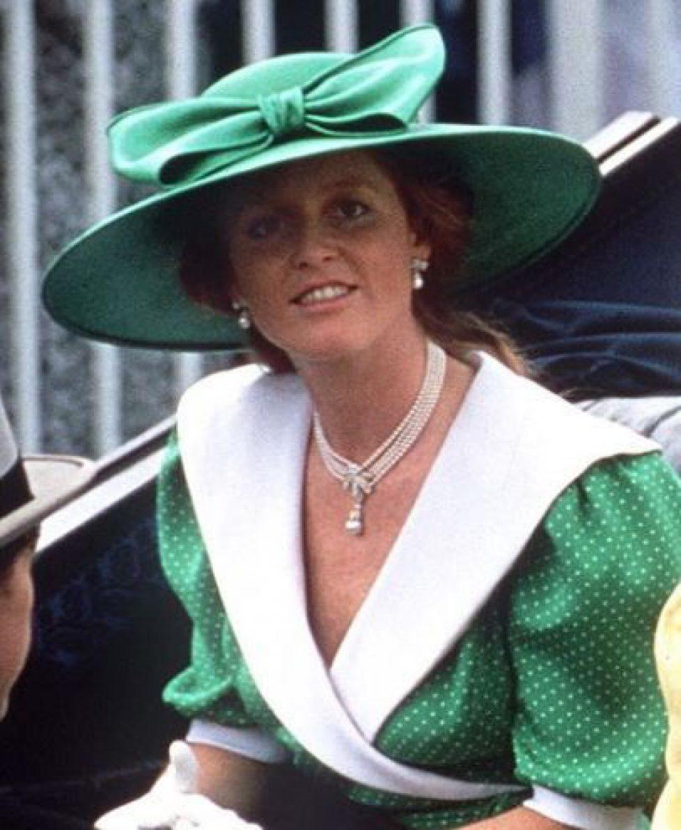 f1413c19b8b45ffa2496778dbd01d4dd--royal-jewels-royals