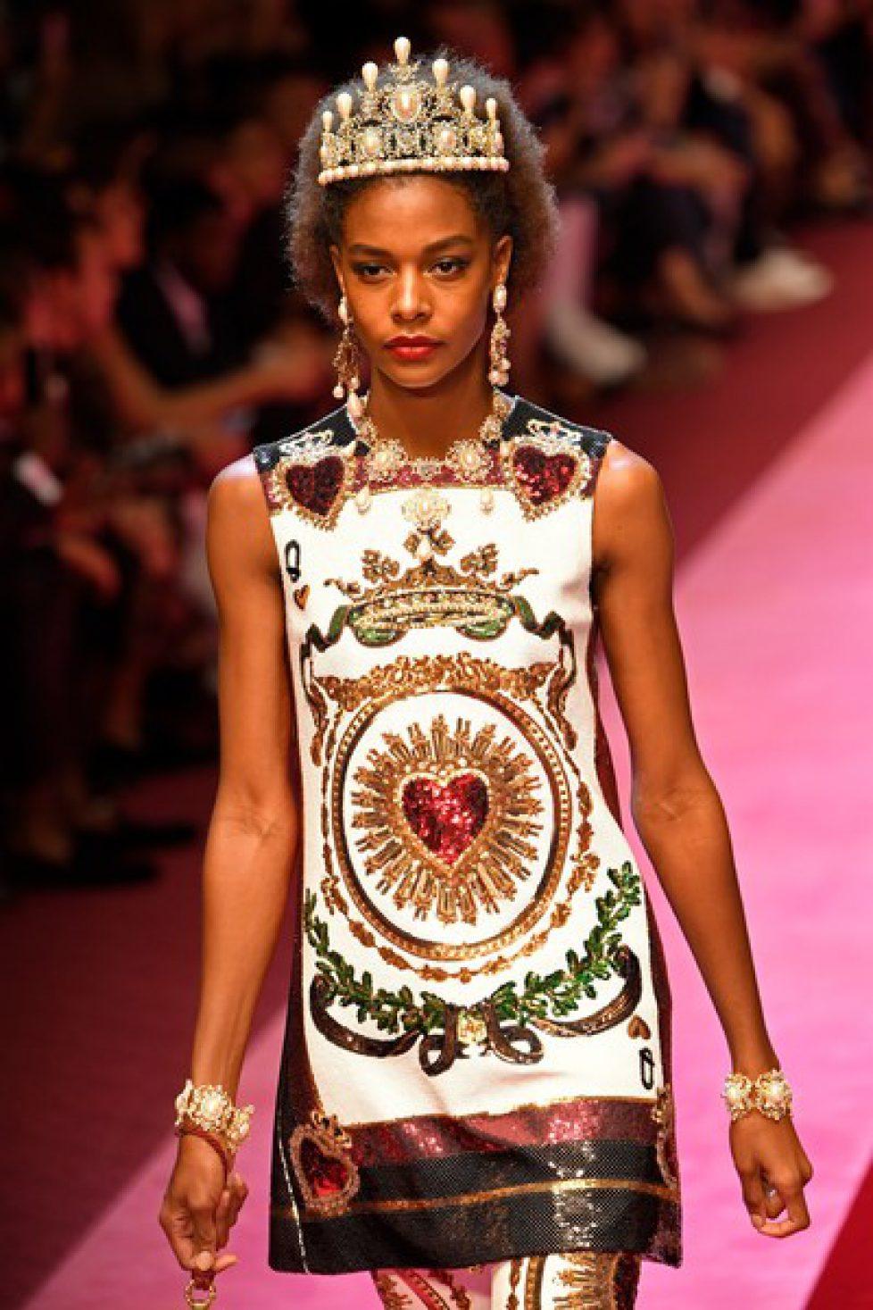 Dolce+Gabbana+Runway+Milan+Fashion+Week+Spring+xX5e_lowfLSl