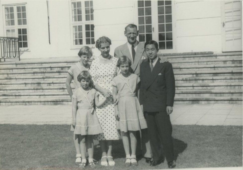 dronning_ingrids_fotosamling_3-3a_graasten_1953__japansk_kronprins_bescg_3