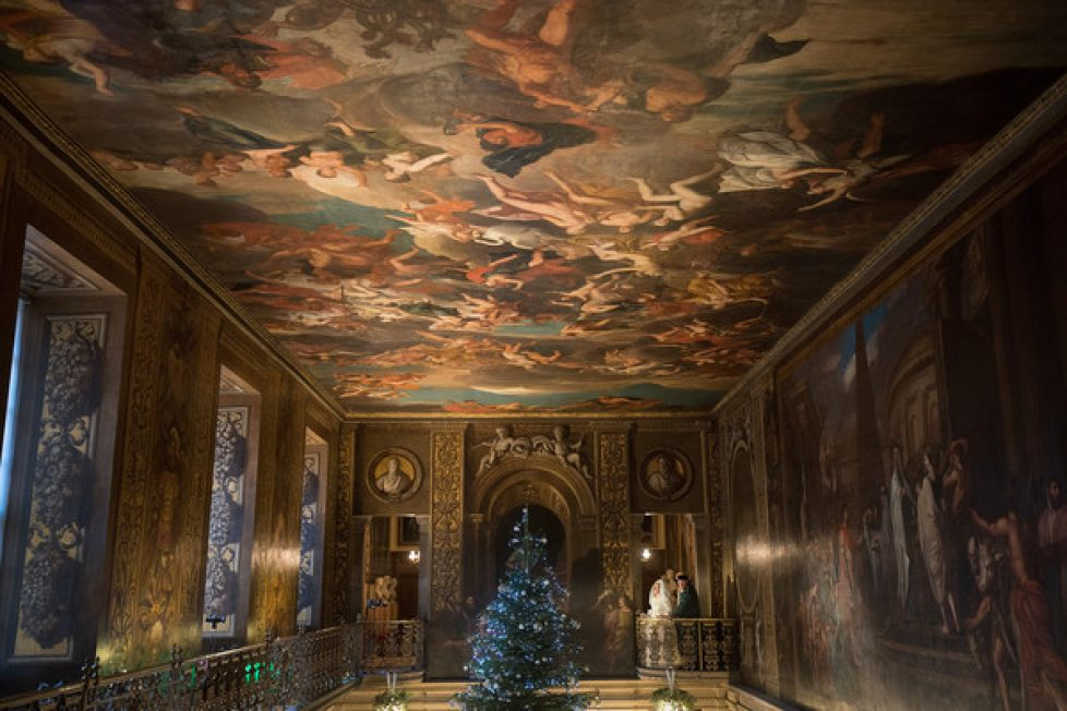 Chatsworth+Gives+Christmas+Dickens+Themed+QUdsLBWx3nwl