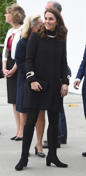 La Birmingham De Duchesse Cambridge Le amp; Et À Duc Noblesse Royautés qOWCH