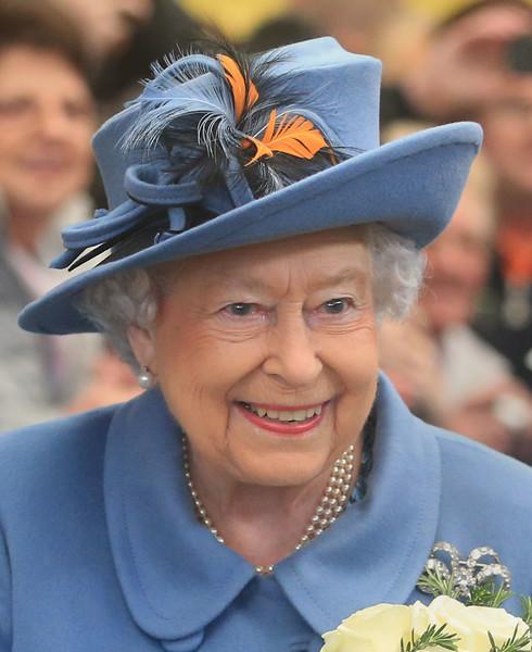 Queen+Visits+Kingston+Upon+Hull+QoF4NooJ0mEl