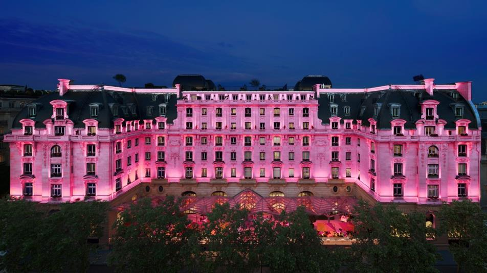 The-Peninsula-Paris-Pink-LR1074x604