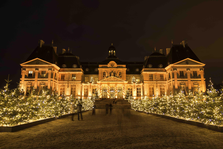 Coloriage Chateau Vaux Le Vicomte.Decoration De Noel Chateau De Vaux Le Vicomte