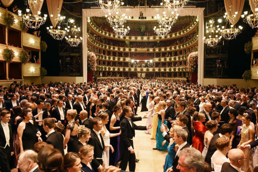 Guests dance a quadrille on the dance floor at the Vienna Opera Ball, Vienna, Austria, 12 February 2015. Photo: Jens Kalaene/dpa