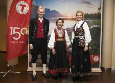 Sonja de norv ge aux 150 ans de l 39 office du tourisme noblesse royaut s - Office de tourisme norvege ...