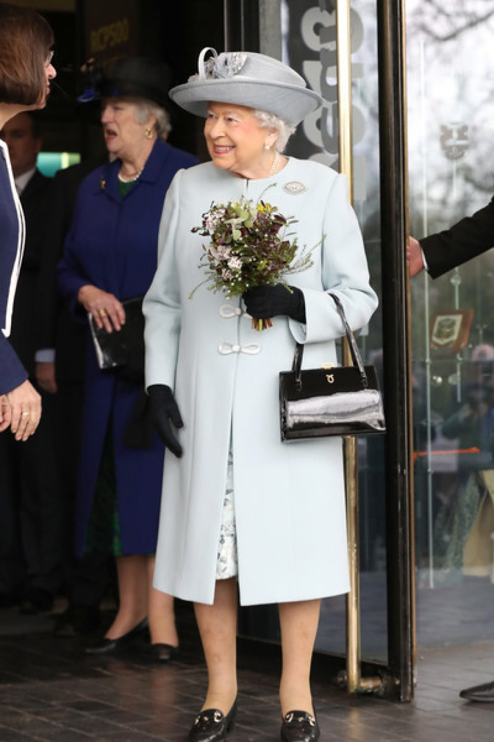 Queen+Visits+Royal+College+Physicians+CreH0yAYq8Ll
