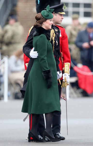Duke+Duchess+Cambridge+Attend+Irish+Guards+b-HjsSAHPXBl
