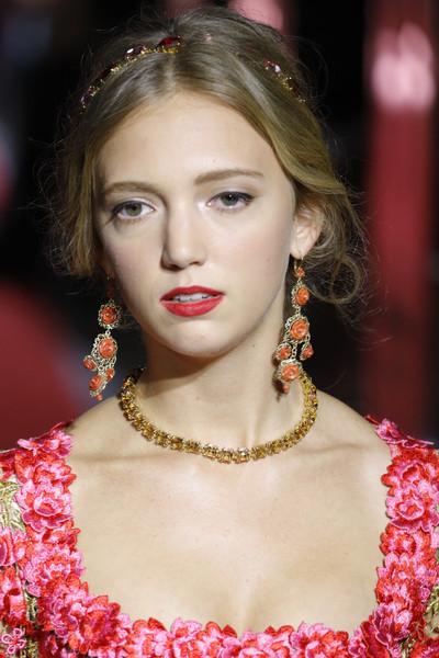 Eleonore+Von+Habsburg+Dolce+Gabbana+Secret+5HhuQoMj90ql