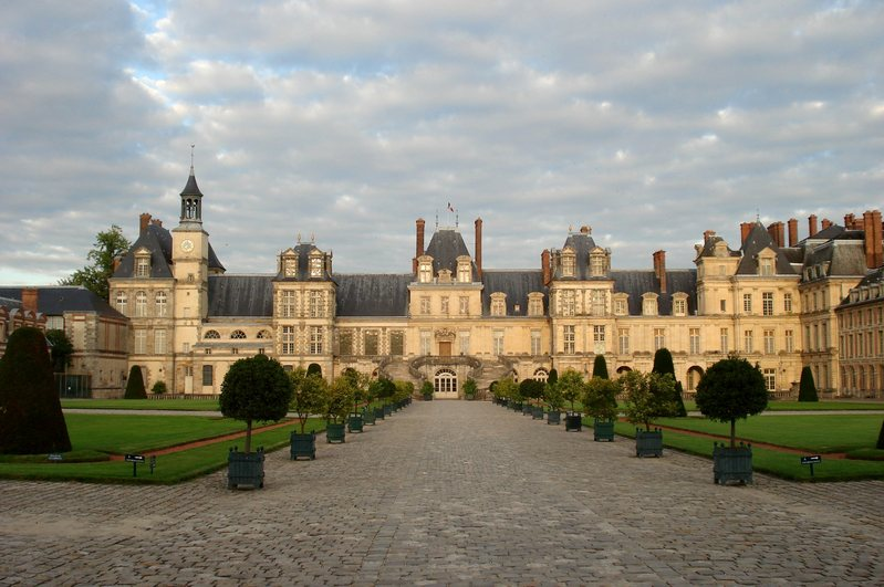 Fontainebleau_Chateau_t.800