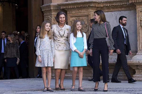 Spanish+Royals+Attend+Easter+Mass+Palma+de+IbcpNTWCGx_l