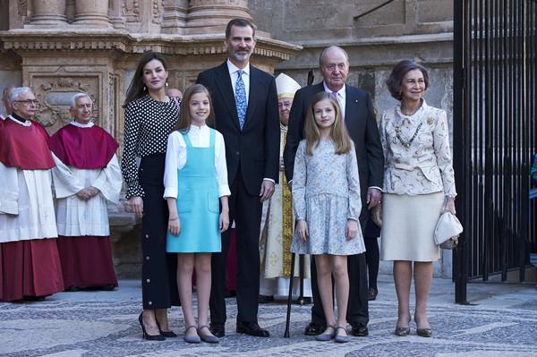 Spanish+Royals+Attend+Easter+Mass+Palma+de+T61--0BWKE6l