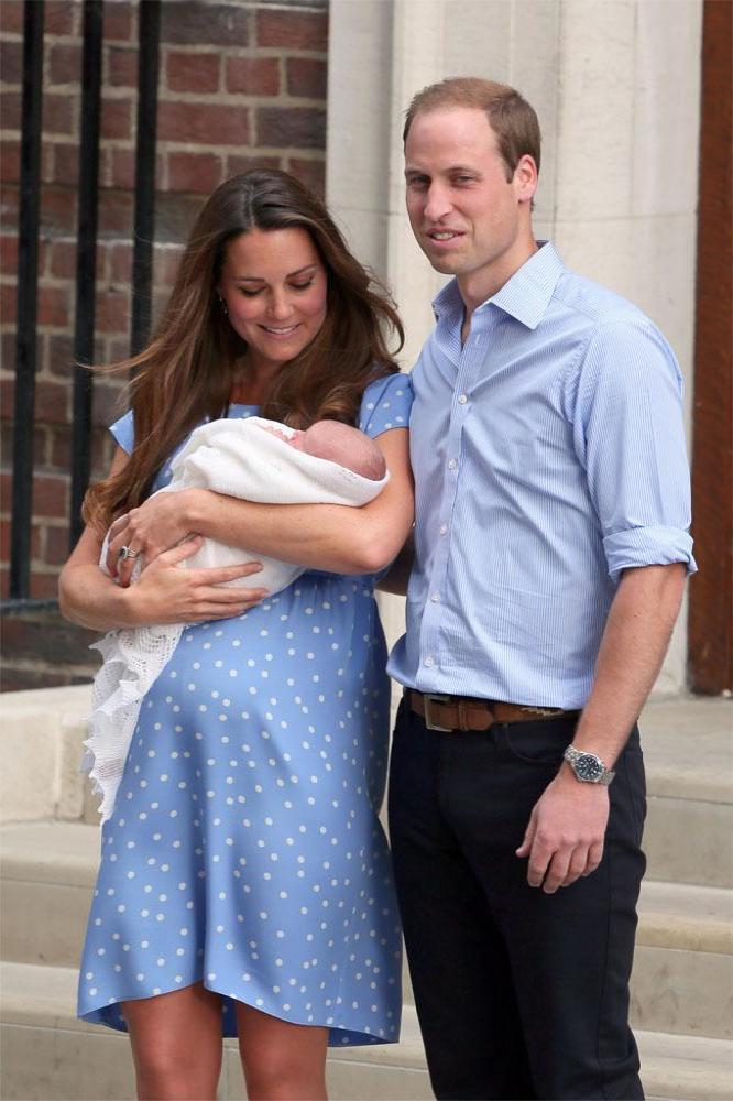 princes-william-and-george-with-duchess-catherine-3e601312bce502269f294754d9fbac212eec243c