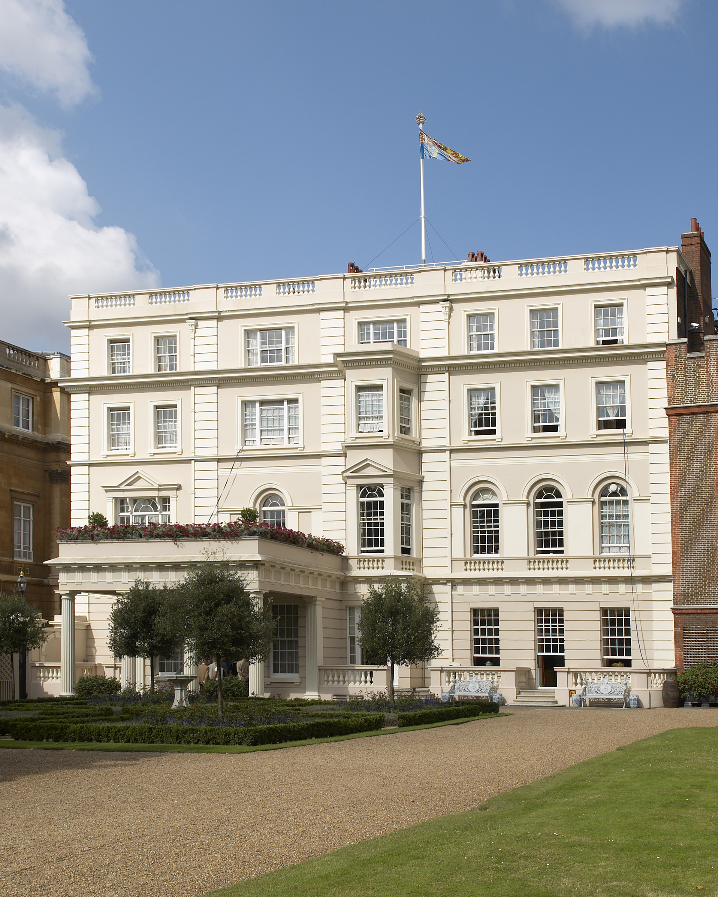 full-front-view-of-clarence-house