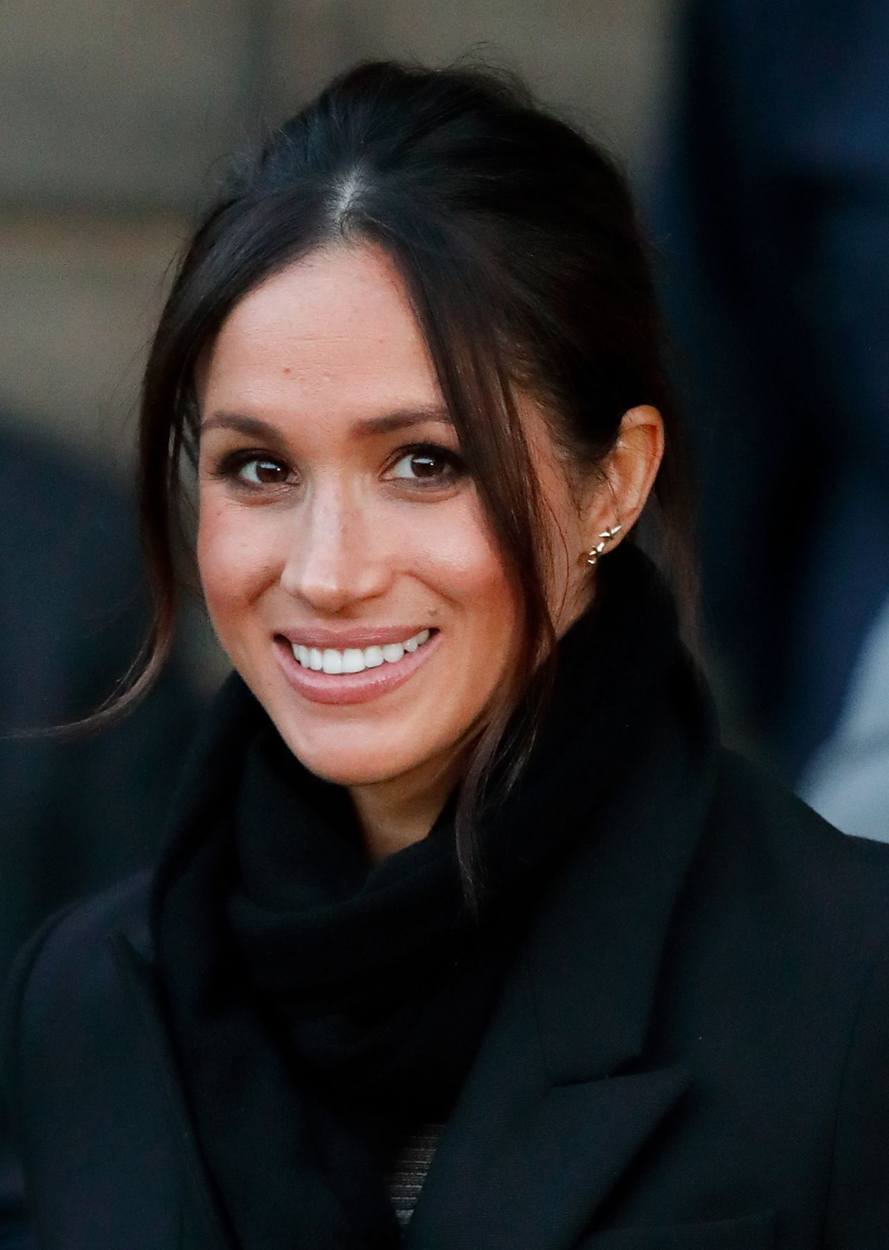 meghan-markle-and-prince-harry-visits-cardiff-castle-in-cardiff-5