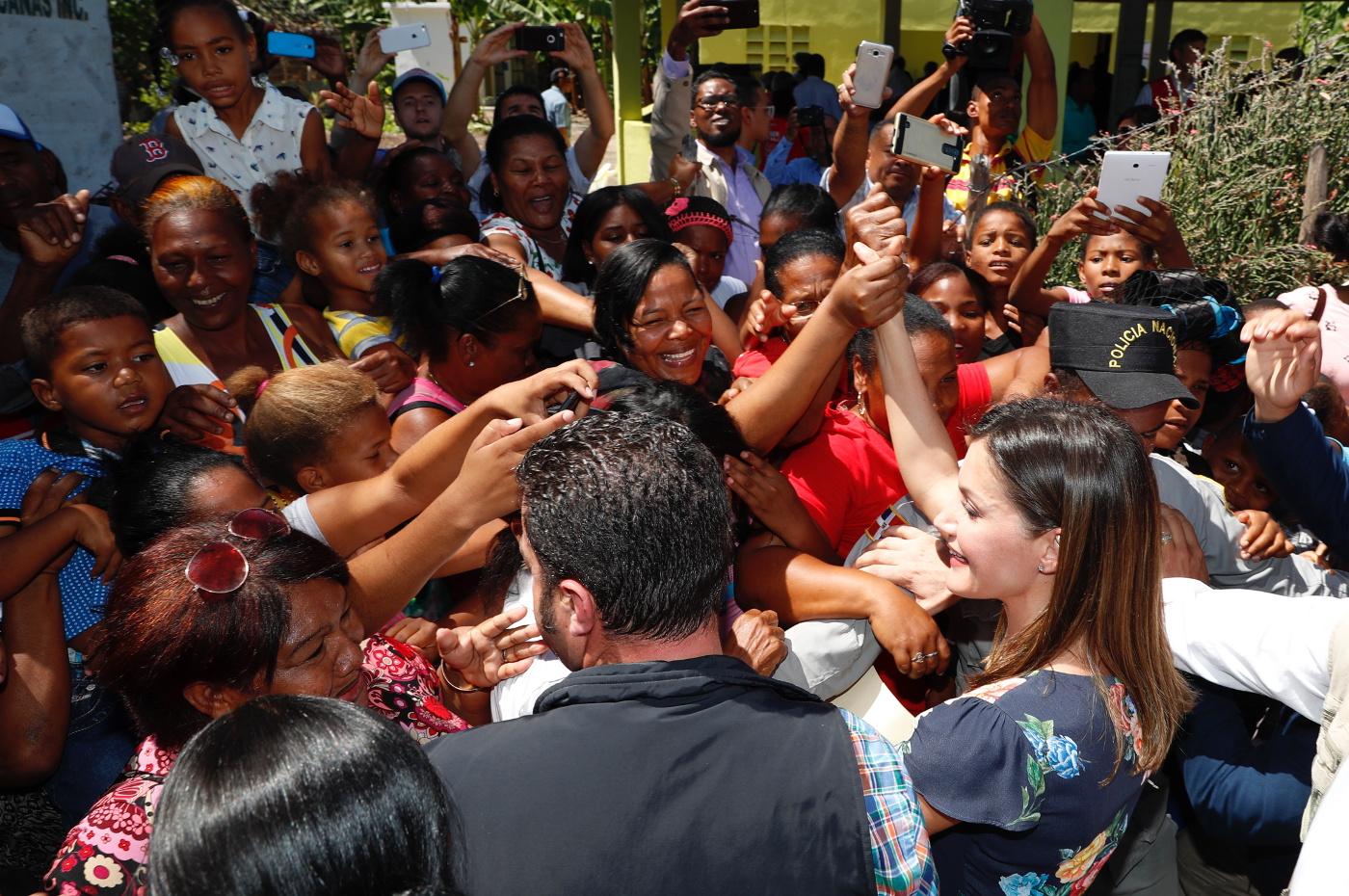 reina_viaje_cooperación_republica_dominicana_haiti_20180522_51