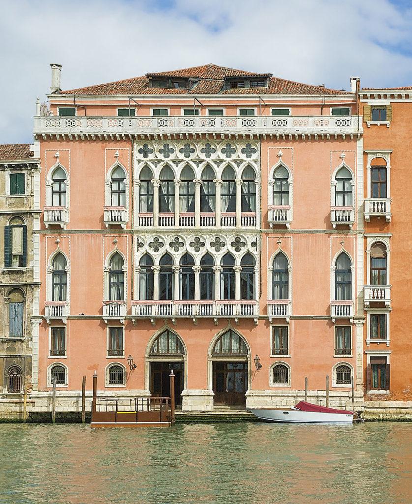 Voir Venise,   et mourir ... - Page 3 Palazzo_Pisani_Moretta_Venice-838x1024