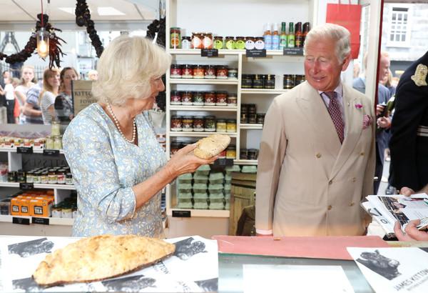 Prince+Wales+Duchess+Cornwall+Visit+Cornwall+01Q-uyIu-yVl