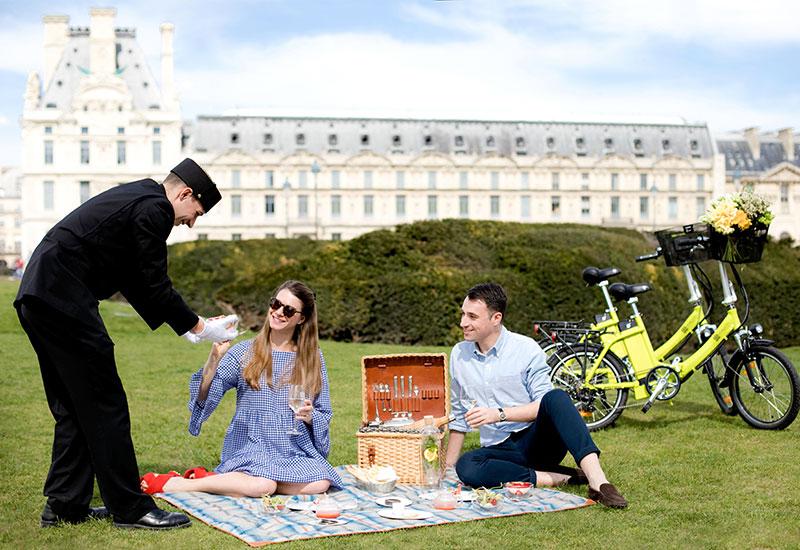 le-bristol-paris-bike-picnic