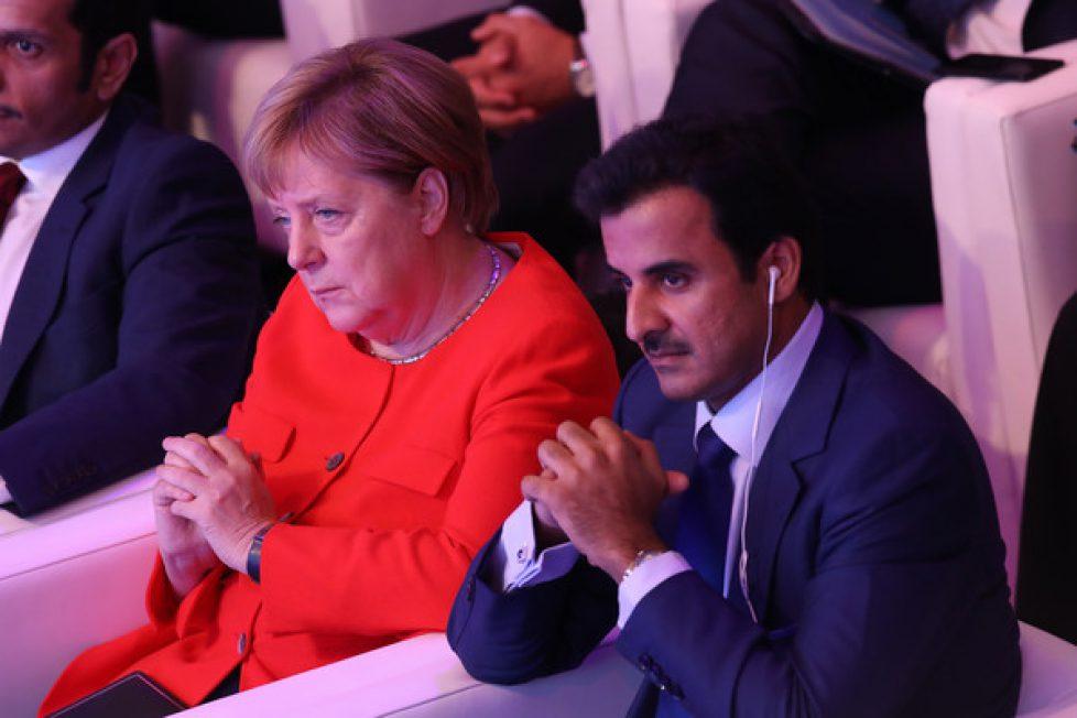 Qatari+Emir+Angela+Merkel+Attend+Qatar+Business+ZHH-yJwhWGRl