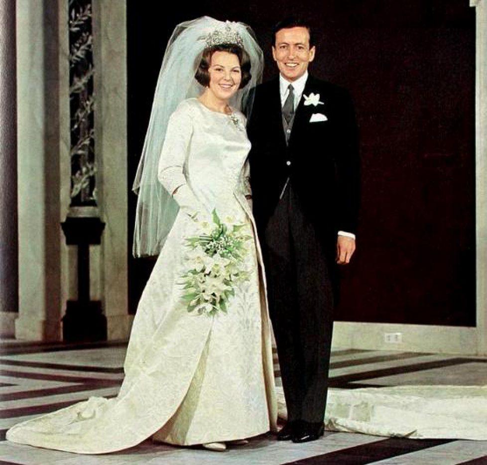 03-10-1966--Beatrix